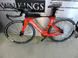 Louis Garneau DI2 Road Triathlon bike