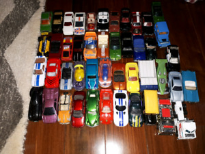 Lot do 46 hot wheels matchbox majorette Johnny Lightning +++