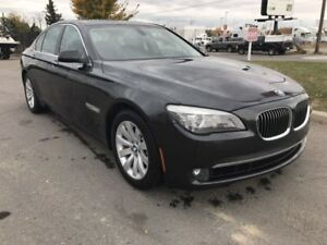 **NO ACCIDENT**SECOND OWNER** 2010 BMW 750IX AWD WINTER TIRES
