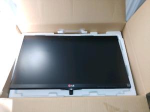 """23"""" LG monitors"""