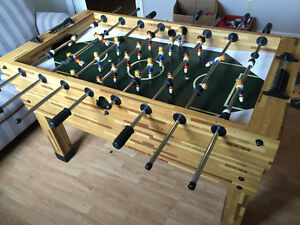 Well maintained foosball table. Only 350$