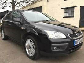 05 05 Ford Focus 1.6 Ghia 5 Door Met Panther Black **2 Lady Owners, 9 Services**