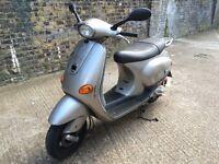 2003 Piaggio Vespa ET2 50cc learner legal 50 cc scooter 1 Years MOT.