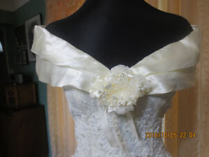 Wedding dresses ( smaller sizes)
