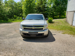 2011 Silverado LT Ext.Cab 4x4 low kms  ! Sold Sold Sold  !