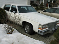 Caddillac Brogham 4 Door Sedan