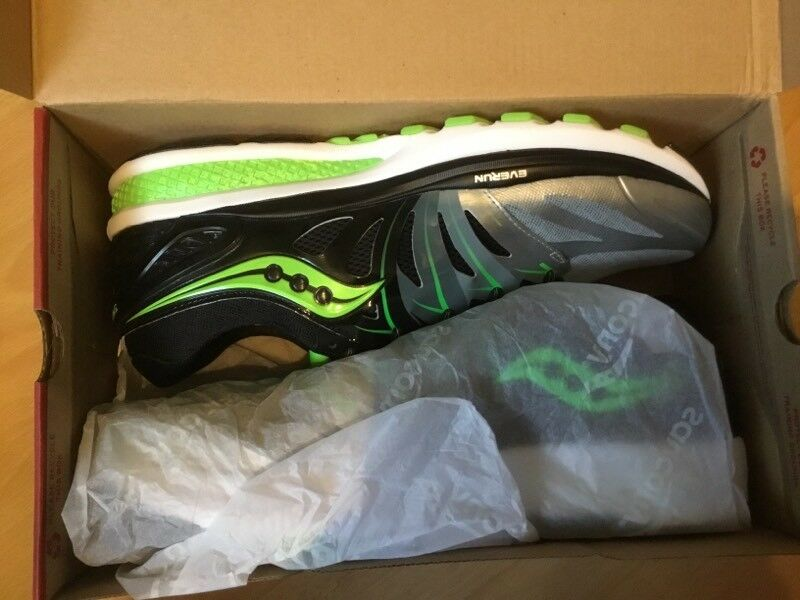 Saucony ISO Hurricane 2 Mens Running Shoes - Size UK12 in Green/ Black - BRAND NEW & BOXED
