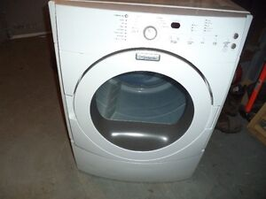 MAYTAG DRYER LIKE NEW 2 YRS OLD CAN DELIVER