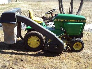 Tracteur à gazon et souffleuse John Deere hydrostatique 317