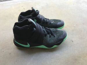 Kyrie 2's - size 8