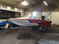 18 foot Glastron Speed Boat