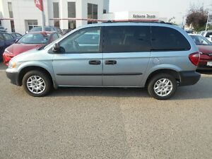 2002 Dodge Caravan Auto 7 passener Good Condition