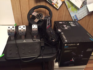 Logitech g27 (almost new with box)