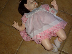 Madame Alexander baby doll, so sweet,all original,tag. P.Cat
