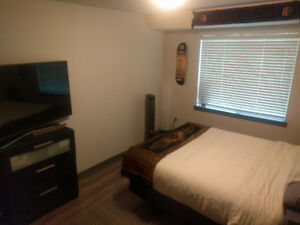 Large room available October 16th- November 10th in East Van!