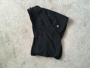Lululemon and other workout clothes size 4