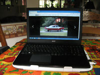 FOR SALE VERY NICE WORKING ACER LAPTOP EXCELLENT COND