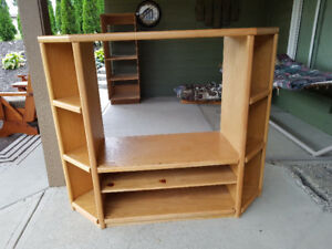 Oak Corner TV Shelf