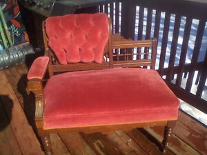 antique settee super accent piece