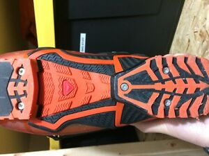Solomon Quest 12 Boots Only Used 4 Times - Size 27 Kitchener / Waterloo Kitchener Area image 2