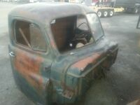 VERY SOLID WESTERN 1951 FARGO CAB,BOX AND HOOD