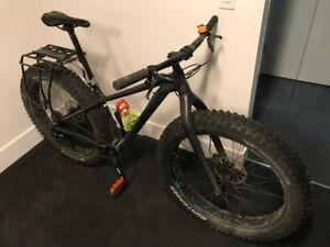 Fat Bike Farley 7 Studded 17.5 Matte DNISTER Black 17