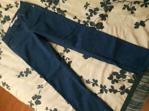 NWOT Girls Parasuco Designer Stretch Jeans!