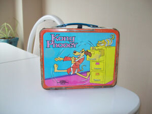 OLD  METAL  LUNCH BOX  --  1975