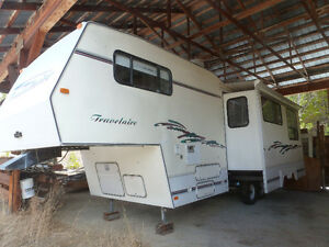 "1998 26' 9"" Travel Air Trailer w/ 12 Ft Slide Out"