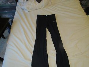 Womens Blue Nike Athletic Pants Size MT Strathcona County Edmonton Area image 1