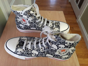 CONVERSE Ltd Ed Chuck Taylor 6 men 8 women