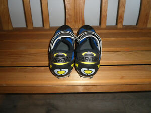 NEW CARNAC LOGIC SPORT CYCLING SHOES FOR SALE West Island Greater Montréal image 2