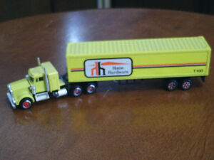 HO scale Home Hardware tractor trailer