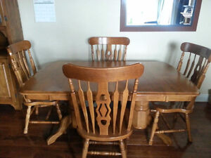 Country dining set for sale