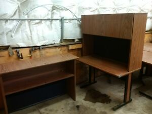L shape desk with hutch