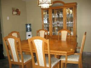 Oak Wood 9 Piece Dining Room Set