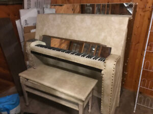 Jerry Lee's Piano, lol