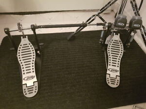 PDP 402 double bass pedals