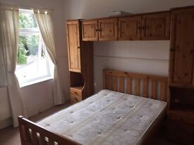 Double room to rent, bills included.