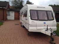 Bailey senator 2003 22ft long 4 berth fixed bed