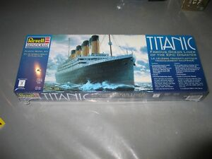 Titanic plastic scale model Kawartha Lakes Peterborough Area image 1