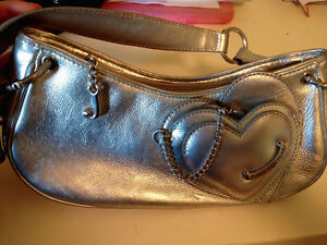 Two juicy couture purses London Ontario image 2
