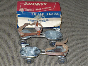 ROLLER SKATES ORIGINAL VINTAGE DOMINION DOUBLE BALL BEARING
