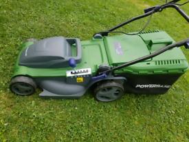 Powerbase Lawnmower 1800w in mint condition