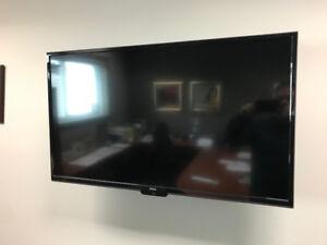 Téléviseur LED de marque RCA 39 pouces RLDED3955A-F