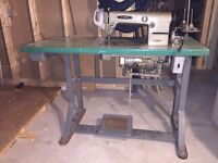 Machine a coudre/  industrial sewing machine
