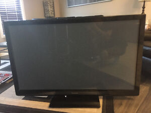 Panasonic tv for sale (not working needs new board)