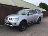 Mitsubishi L200 Warrior Auto 2.5DI-D**LEATHER INTERIOR**REAR CANOPY**