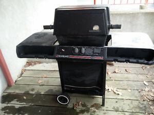BBQ (propane NON inclus) - BBQ (propane NOT included) - 25$
