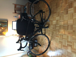 BLOW OUT PRICE - SPECIALIZED VELO DE ROUTE